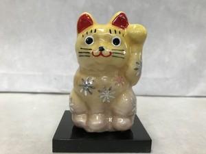 8号サイズ クリスタル招き猫 左手挙げ 花 黄