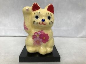 8号サイズ クリスタル招き猫 右手挙げ 秋桜 黄