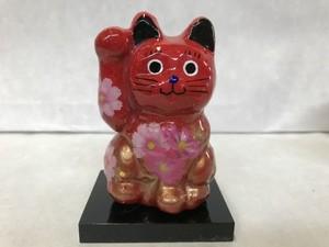 8号サイズ クリスタル招き猫 右手挙げ 秋桜 赤