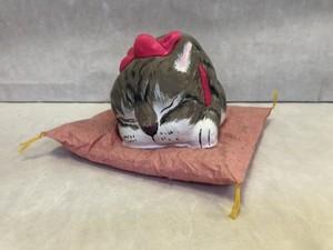 眠り猫・大 アメショ・ブラウン